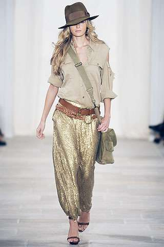 Indiana Jane Fashion