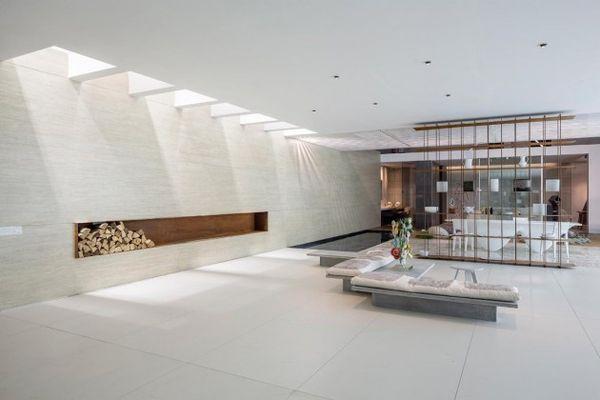 Light-Channeling Hotels
