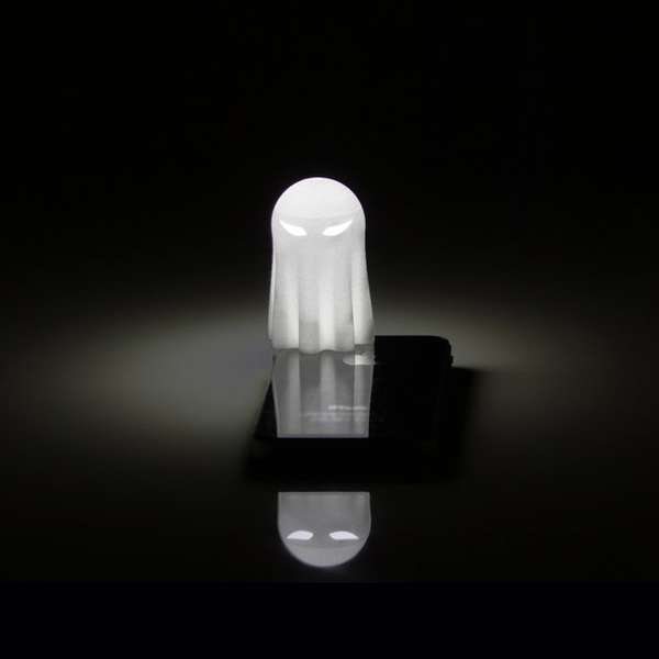 Dimming Smartphone Accessories