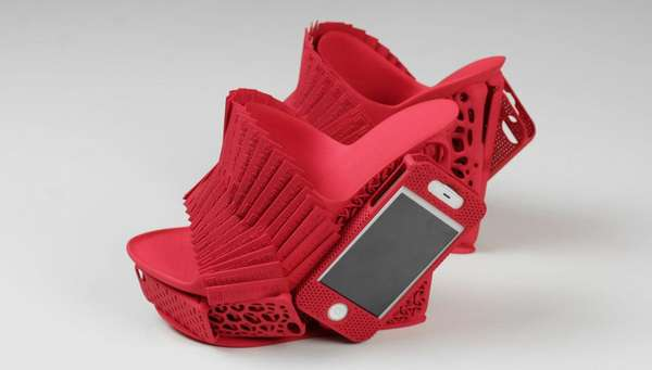 Smartphone-Totting Wedges