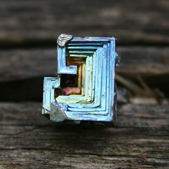 iridescent bismuth jewelry