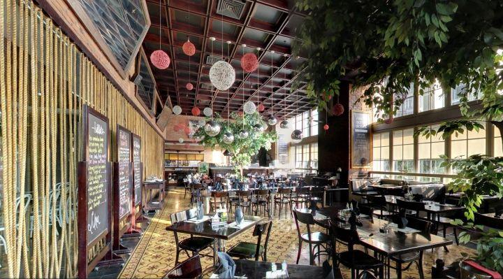 Opulent Upscale Eateries