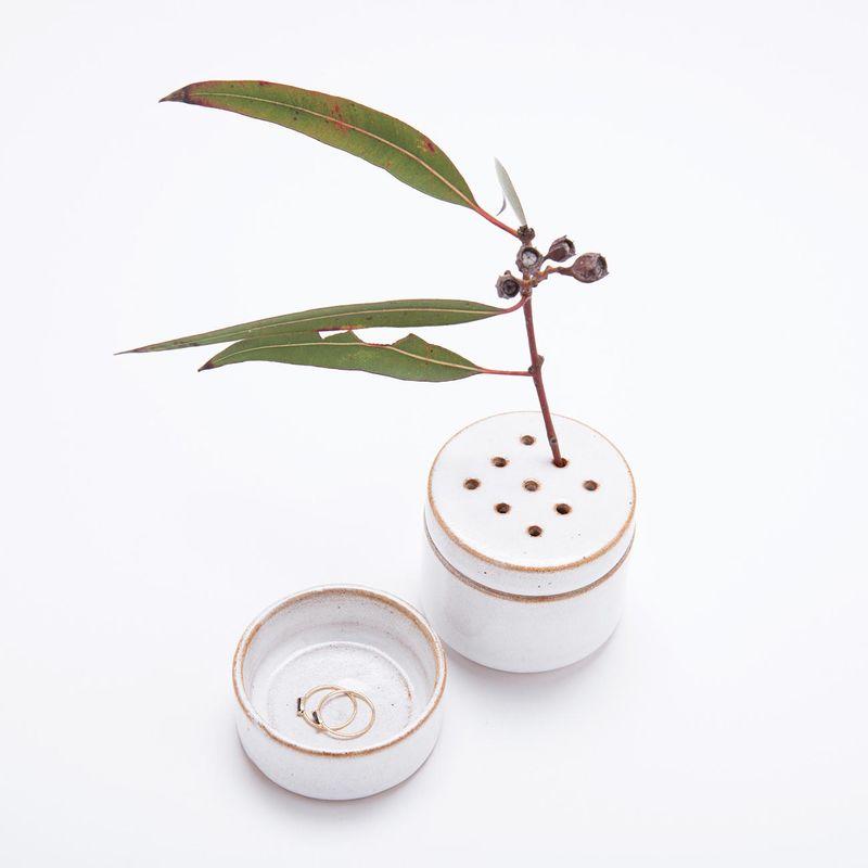Versatile jewelry vases jane heng for Heng kunthea jewelry shop