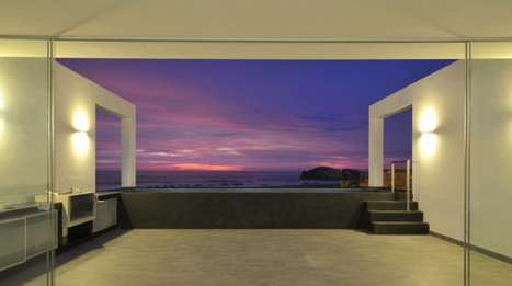 Javier Artadi Beach House