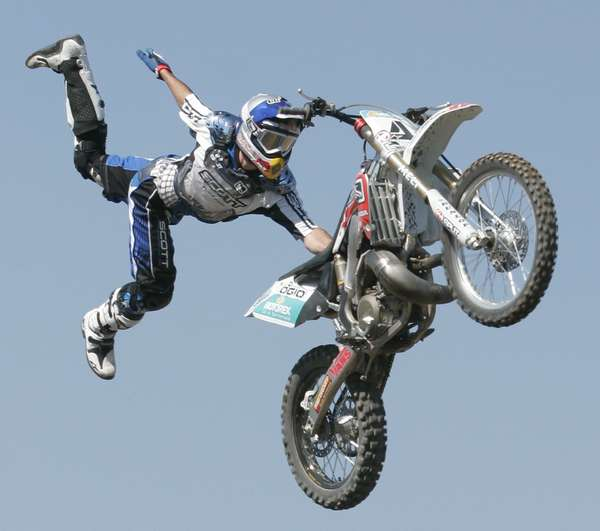 Extreme Sports: 25 Dangerous Extreme Sports