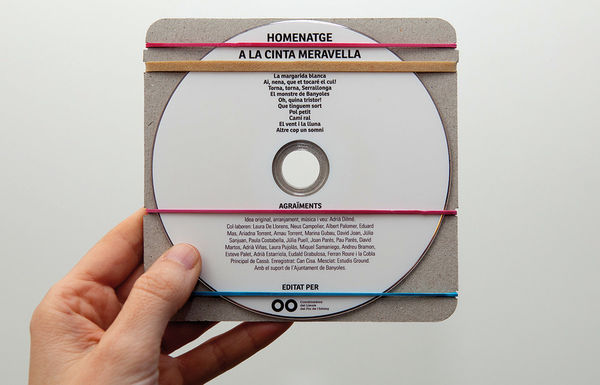 Minimal Strappy CD Cases