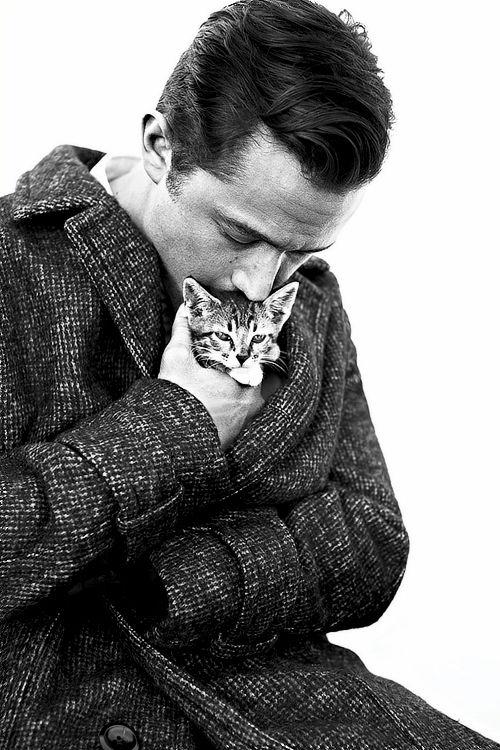 Kitten-Cuddling Celeb Photography
