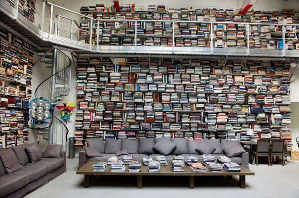 Celebrity Home Libraries