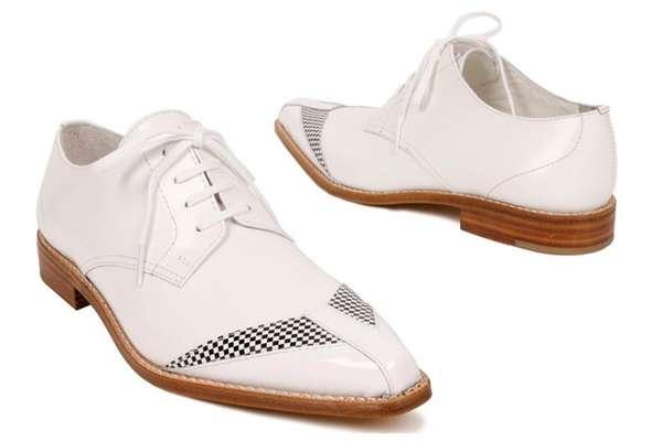 Tony Montana-Style Kicks