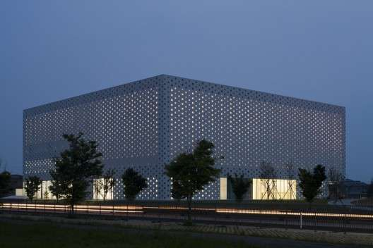 Simple Perforated Structures