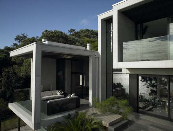 Karaka Bay House by Stevens Lawson Architects