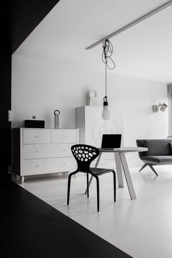 Strict Monochromatic Homes