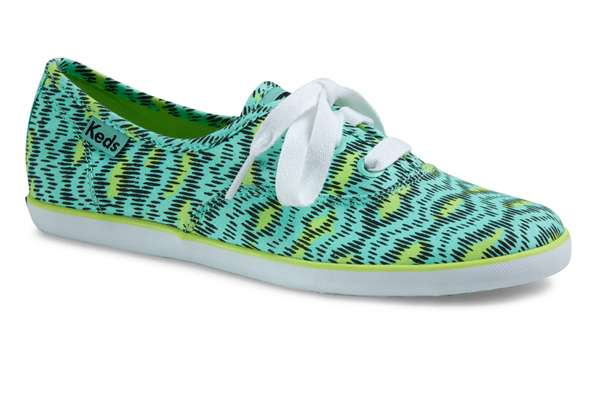 Jazzy Print Canvas Kicks
