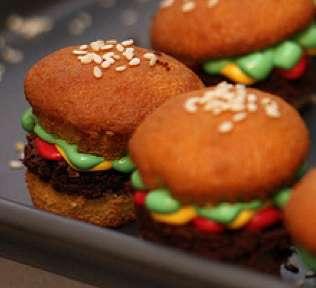 Petite Fast Food Pastries