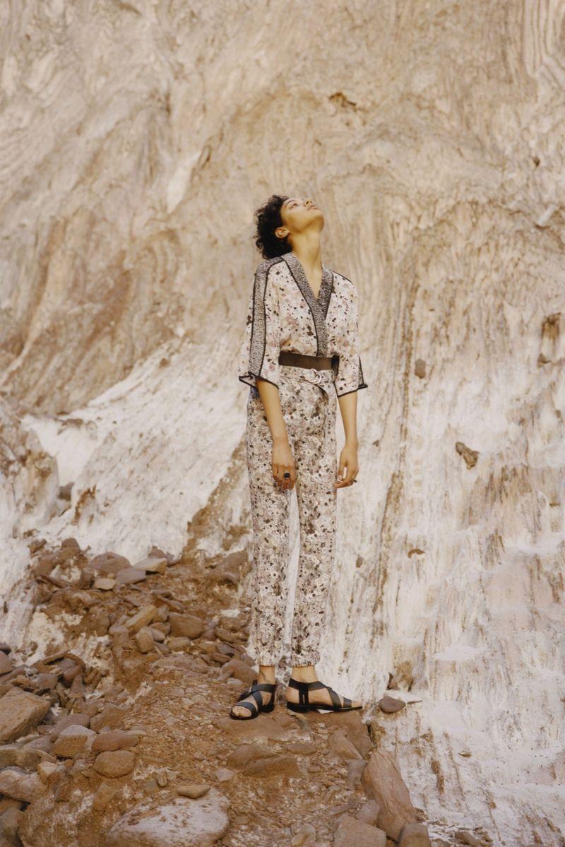 Achromatic Desert-Inspired Fashion