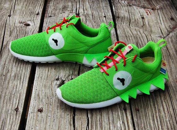 Amphibian Puppet Sneakers