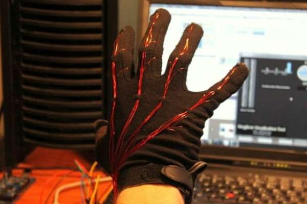 Keyglove wearable input device