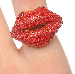 kiss me crystal ring
