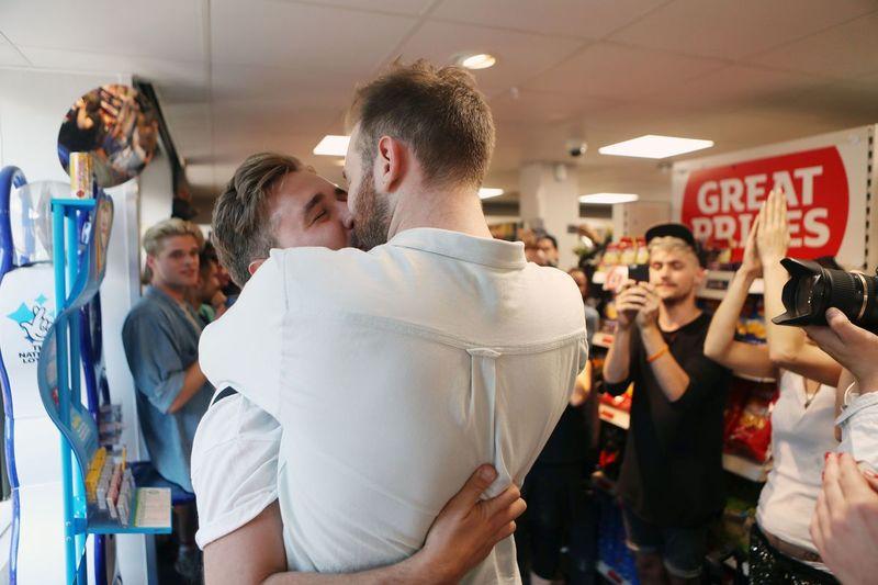 LGBT Kissing Marathons