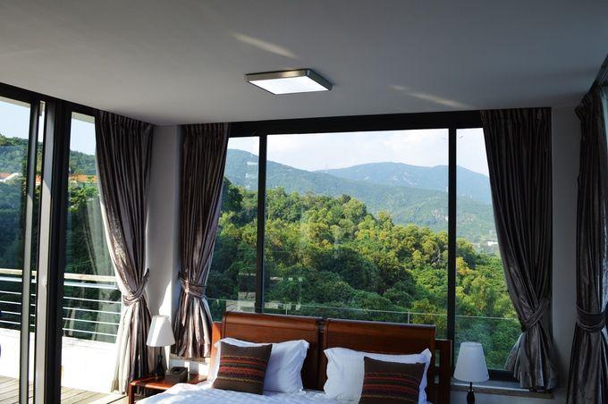 Wi-Fi-Enabling Overhead Lights
