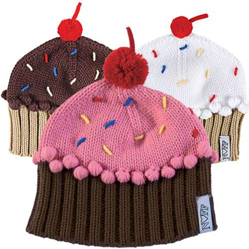 Knitting Pattern Cupcake Beanie : Foodtastic Winter Hats : knit cupcake beanie