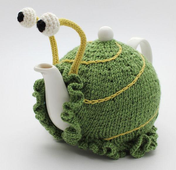 Knitting Pattern For Snail Tea Cosy : Kooky Snail Tea Cozies :