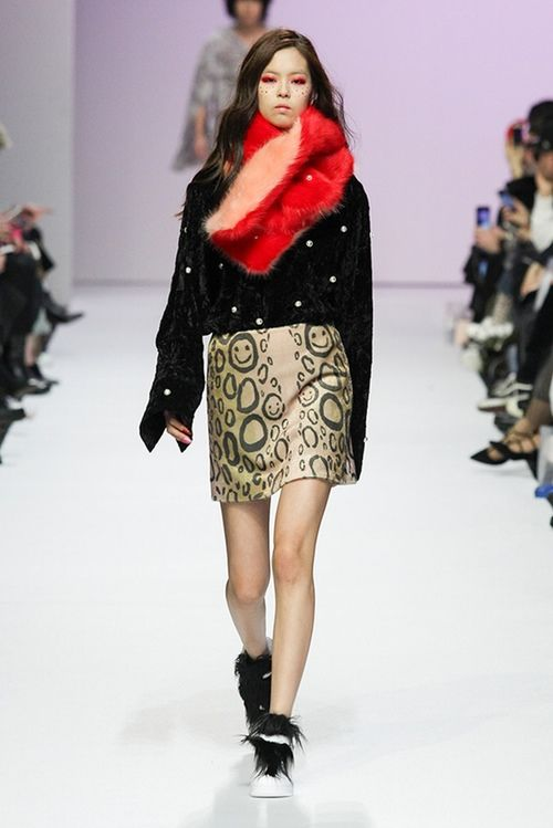 Bedazzled 90s-Inspired Fashion