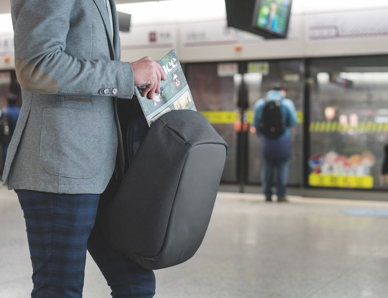 Anti-Theft Travel Packs : laptop backpack
