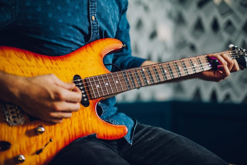 Digital Training Guitars