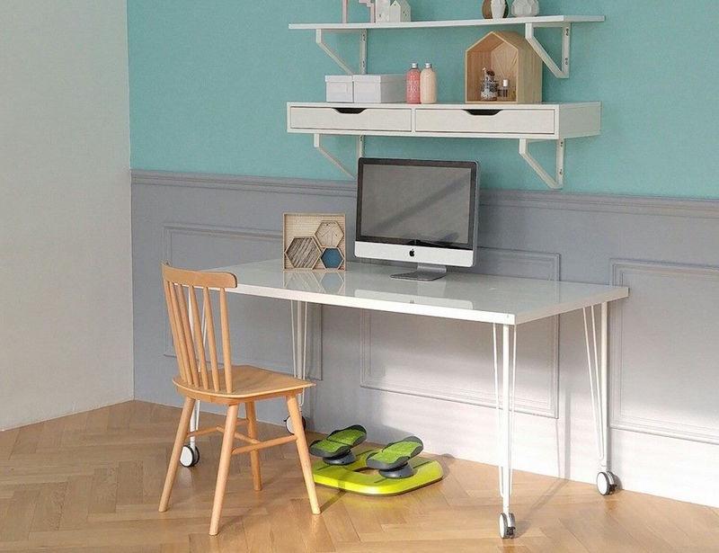 Leg-Stimulating Desk Accessories