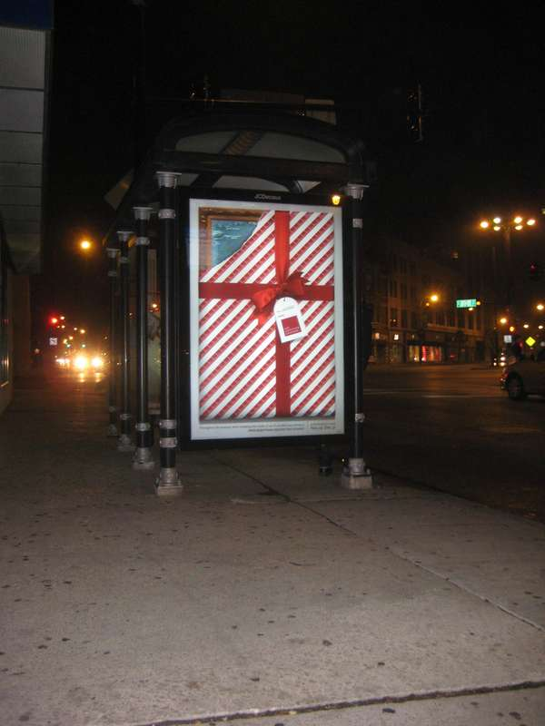 Unwrappable Art Ads