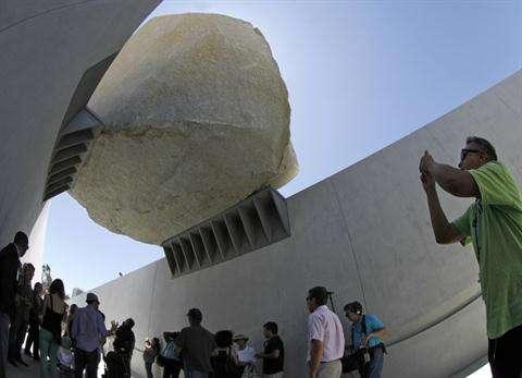 Precarious Boulder Installations