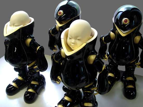 Manga-Inspired Ceramic Art: Sci-Fi Japanese Figurines