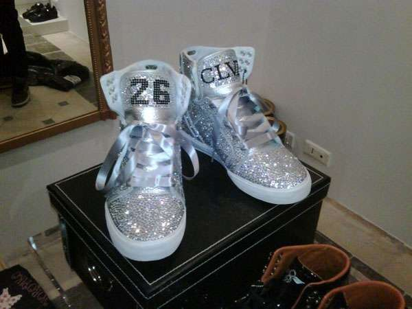 Customized Crystal Kicks