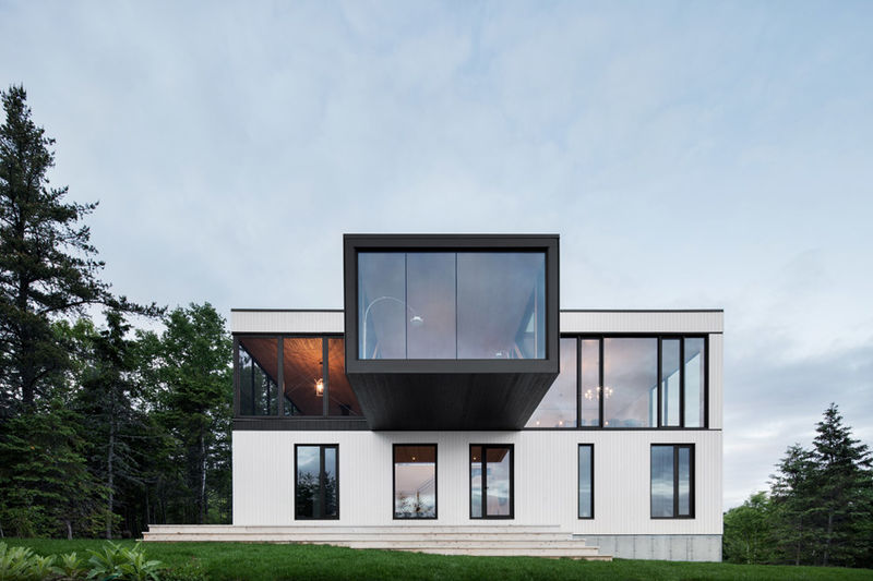 Cantilevered Glass Abodes
