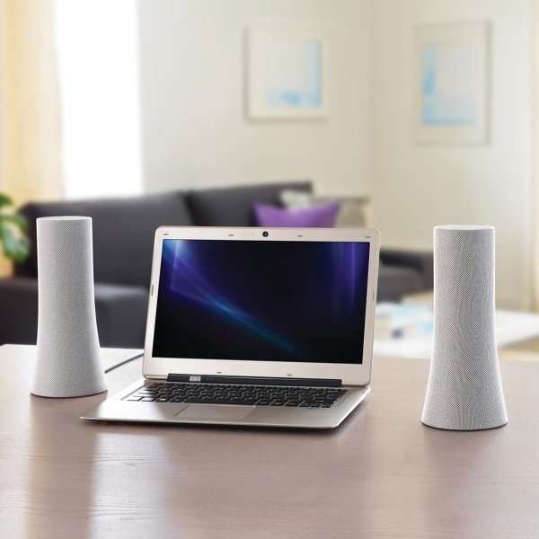 Cylindrical Wireless Speakers