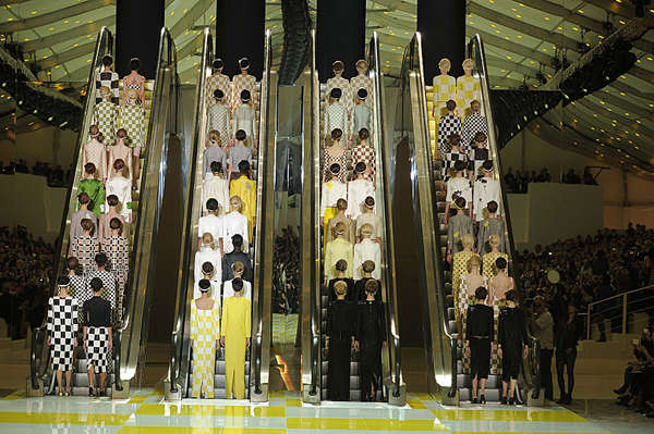 Luxe Escalator Runways