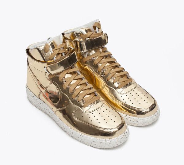 Liquid Metal Footwear