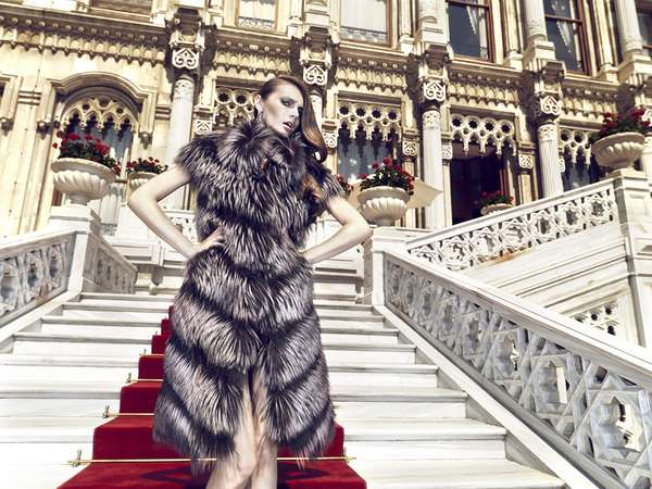 Luxurious Royalty-Inspired Shoots