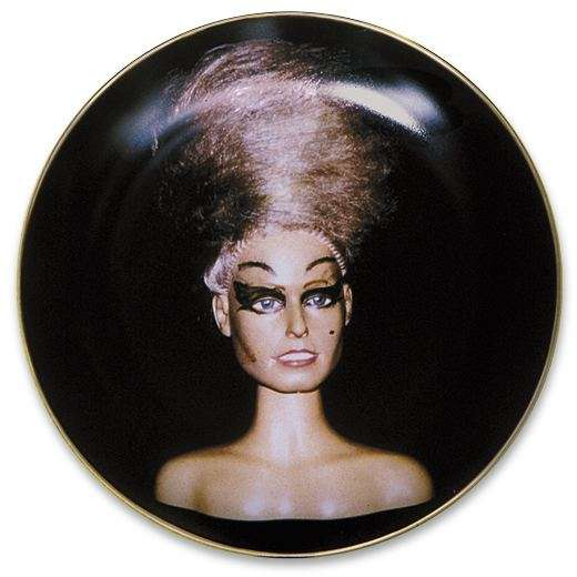 Retro Mannequin Dishes