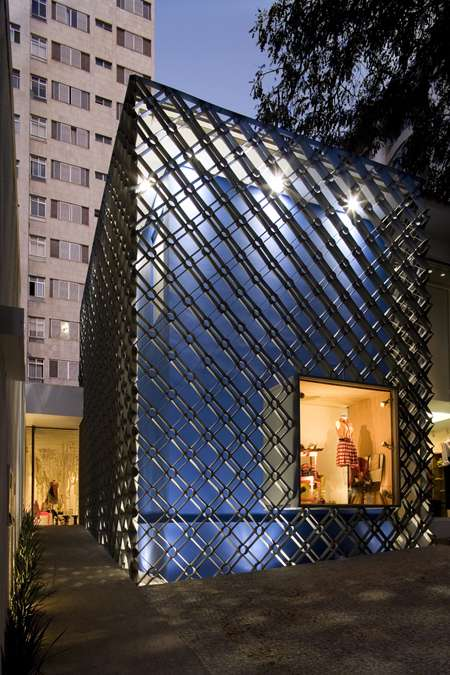 Metal Mesh Architecture Marcelo Alvarenga Creates