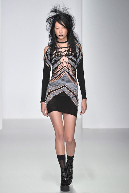 Dishevelled Grungy Knit Runways