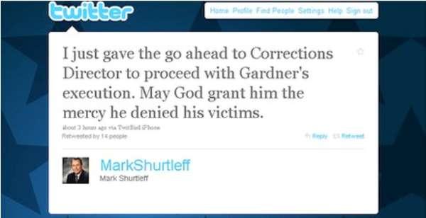 Tweeting Executions