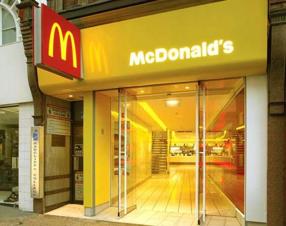 mcdonalds restaurants demographic trends ''historically, fast food has equaled junk food, gut fill,'' said mr langstaff, explaining how hardee's food systems inc has sought to translate social and demographic trends into fast-food profits.