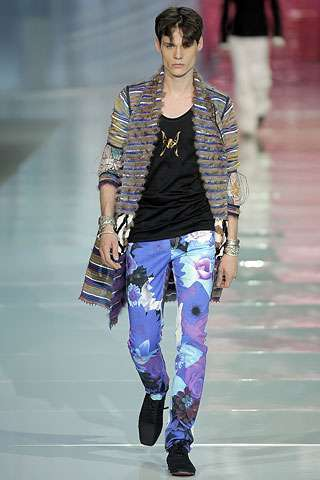 15 Hot Fashions for Men in 2009