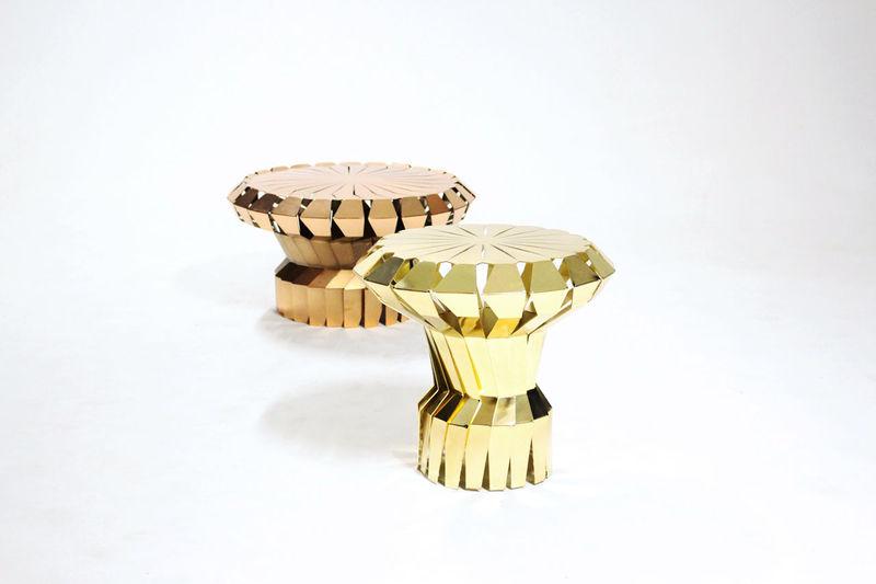 Fan-Like Metal Tables