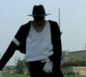 Michael Jackson Scarecrows