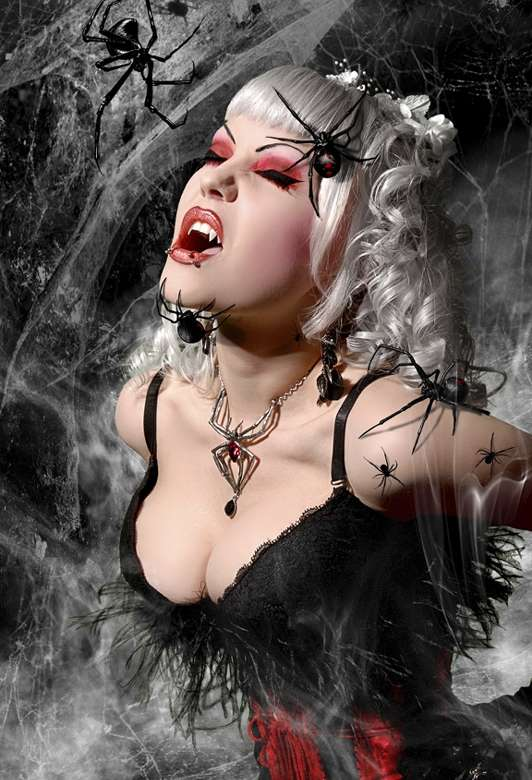 Gothic Pin-Ups