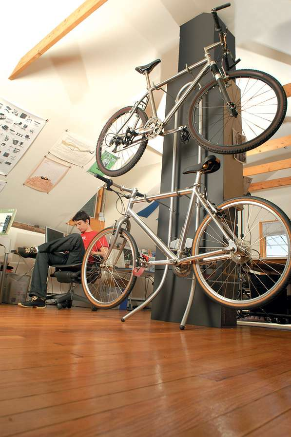 & Screw-Less Cycle Storage : Michelangelo Two-Bike Gravity Storage Rack
