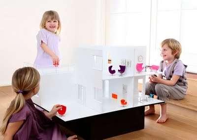 Luxurious Replica Dollhouses